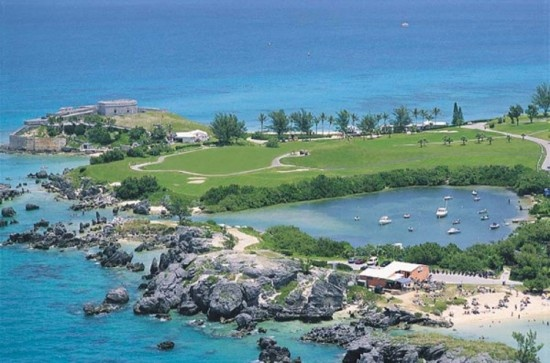 A beautiful summer shot of the St. George's Club golf course, Tobacco Bay and Fort St. Catherine! St. George's was Bermuda's first Capitol, and the body of water at the top of this photo is right near where the Sea Venture first crashed in 1609!