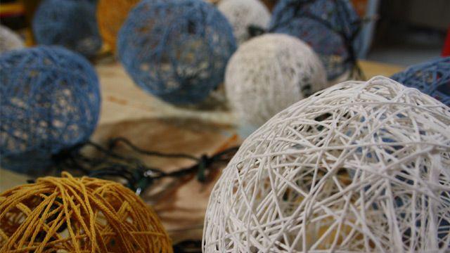 Zelf bollen maken (al dan niet met lampjes erin)