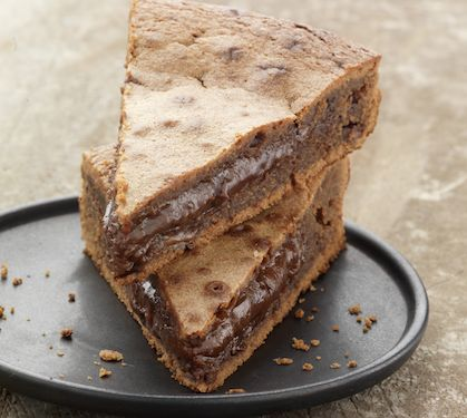 Fondant au chocolat et caramel - Envie de bien manger. Plus d'idées de goûters sur www.enviedebienmanger.fr
