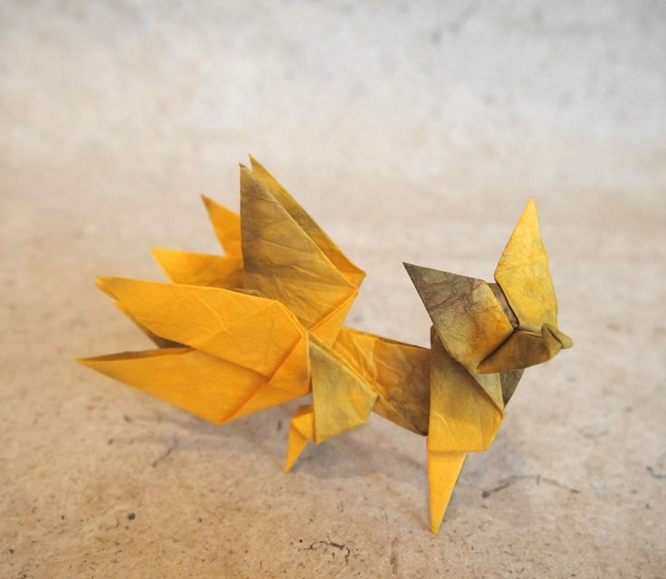 https://flic.kr/p/VEWVjZ | 【Origami】The Nine-Tailed Fox (Designed by Makoto Yamaguchi) | 九尾の狐(山口真さん作・クリエイティブ折り紙より) Designed by Makoto Yamaguchi(Creative ORIGAMI), folded by Hiroaki Kobayashi. Made from four papers. 折紙作品 4枚折り。