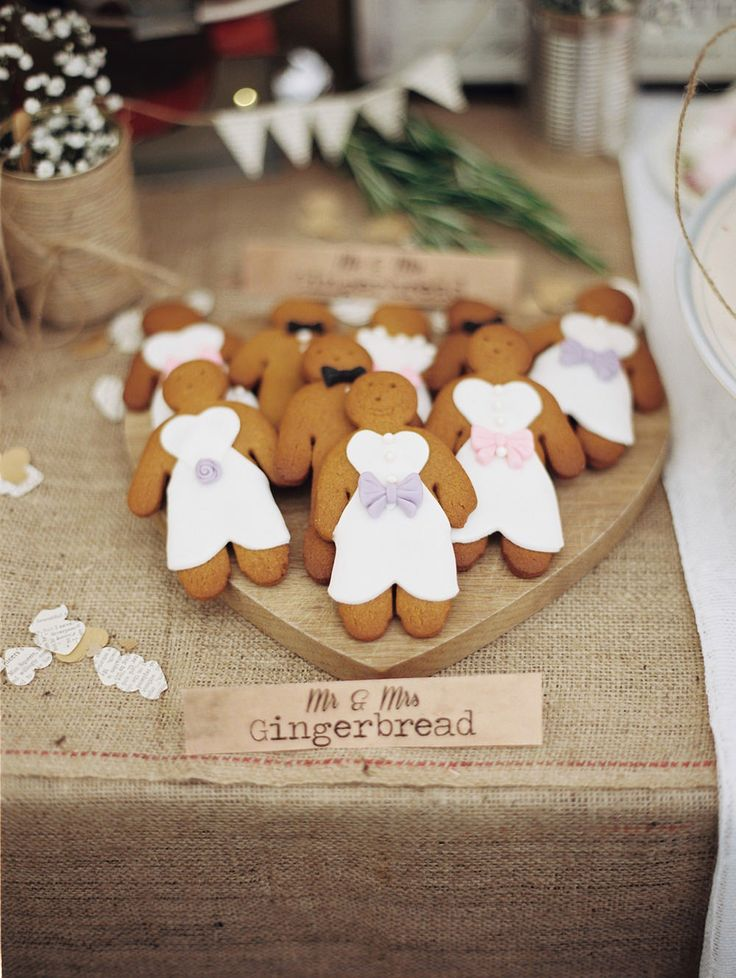 DIY Gingerbread Men for a Wedding Dessert Table - Image by Ashton Jean-Pierre | See the wedding in full here