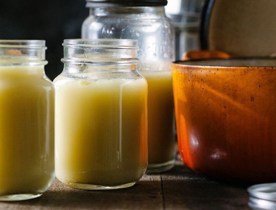 Bone broth has so many healthy benefits to offer