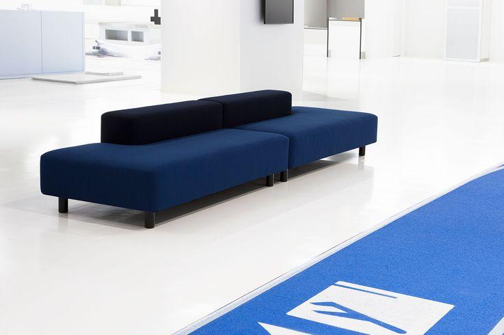 成田空港 ターミナル3 | 無印良品 空港を観察して生まれた家具 ソファベンチ