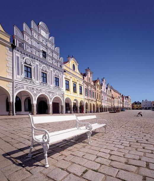 The renaissance square in Telč (South Moravia), Czechia -  a part of Unesco World Heritage #towns #Czechia #renaissance #unesco