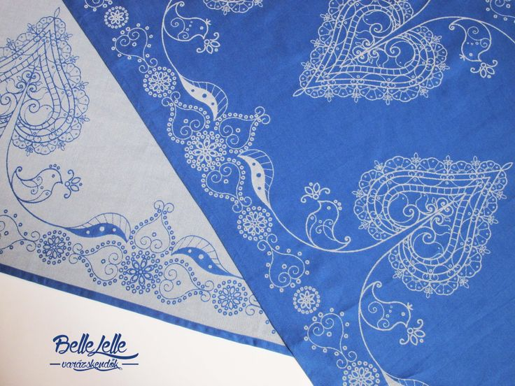Mint egy kékfestő Like a hand-dyed blue print fabrics from Hungary