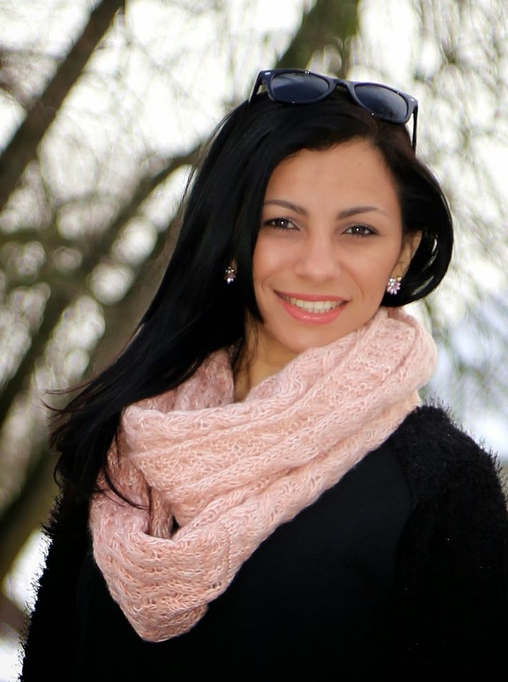 Lucélia's Blogg: Gårs antrekk: Svart strikkede gensere - Look: Suét...