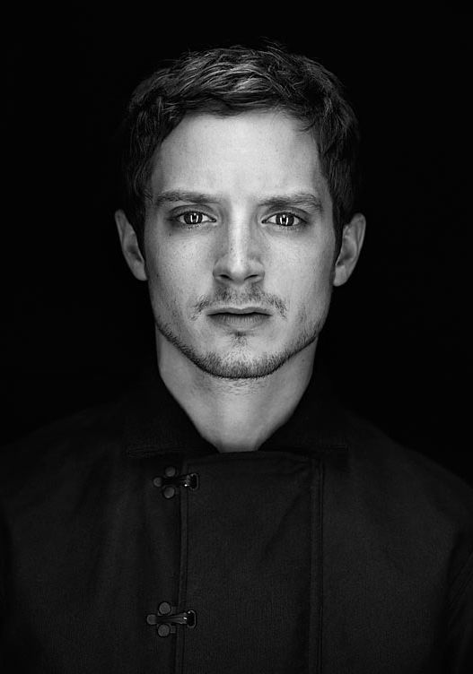 Elijah Wood- from Lord of the Rings to this<3