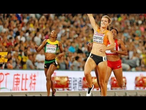Dafne Schippers upgraded to Gold in a breathtaking 200m final at the world championships in Beijing while Great Britain's Dina Asher-Smith finished out of the Medals