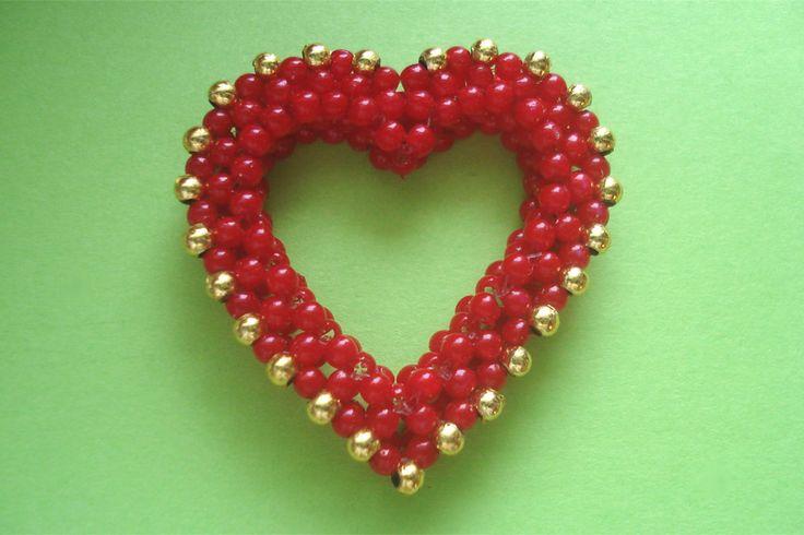 """Victoriya Katamashvili. Beaded """"Heart"""""""