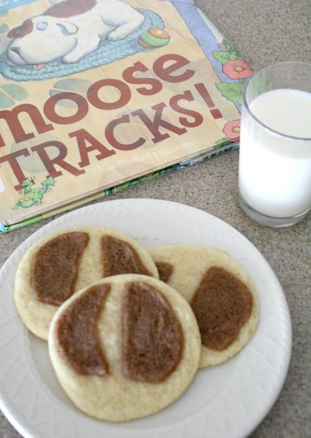 Moose Tracks Cookies-Cooking with Kids Book Activity to go along with Karma Wilson's book, Moose Tracks! Part of the Virtual Book Club for Kids