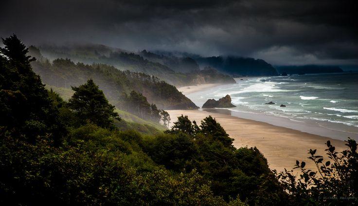 Sea of Dreams by Michael Molumby on 500px Coastal Oregon  (I really need to go to Oregon...)