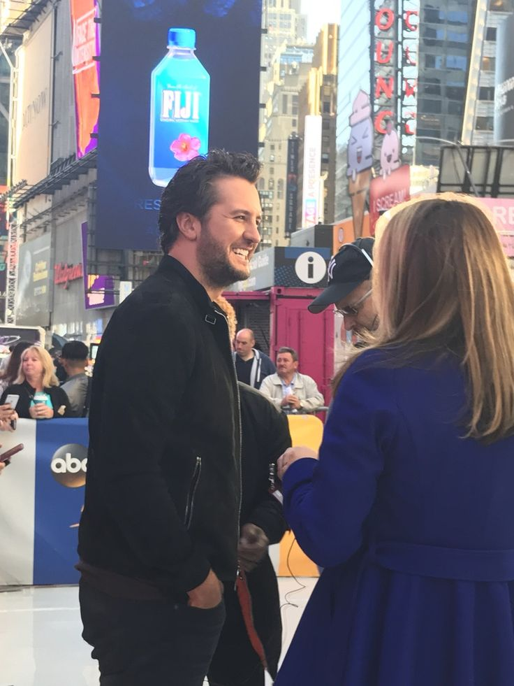 Bryan has an announcement and it's a good one!!! He prerecorded it after GMA today ❤️❤️❤️❤️ #WhatMakesYouCountry | The official Luke Bryan app
