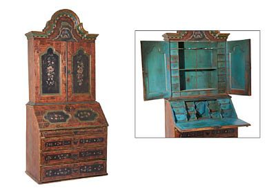 BUREAU  Red painted and staffert in green and gold. Early 1800s.  Swung top with painted rocaille decor. Doors, hinged flap and drawers with black painted panels with painted flowers decoration. Two cabinet doors in the upper part decorated with  18 small drawers, spoon shelf and shelf. A hinged flap in front of 12 drawers and a small closet. Furnishings measured in teal. Four drawers in the lower part, the top is narrow. Black Painted key sign in iron. Lock and key. HEIGHT 247.00 CMLENGTH…