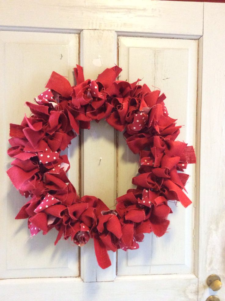Christmas wreath made of bows