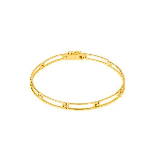 Pulseira em Ouro 18k Articulada Vazada com 18cm  Com 18cm, a pulseira em ouro 18k Articulada Vazada apresenta um design moderno perfeito para os homens que optam por um acessório cheio de personalidade e muito marcante. A satisfação de cada um de nossos clientes é o nosso principal cuidado. Por isso, além de oferecer joias encantadoras e de qualidade, todos os pedidos são enviados com nota fiscal, certificado de garantia e autenticidade do ouro 18K. E para uma experiência de compra ainda…