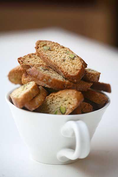 Jasmine Tea & Pistachio Biscotti | Cookies Biscotti Biscuits | Pinter ...