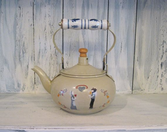 Vintage hand painted tin teapot with ceramic handle, Amish country wedding bride and groom painted tin tea pot, art deco retro teapot by HTArtcraftAndVintage, $27.75