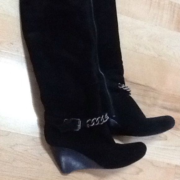 Knee high black suede boots Gorgeous Black suede boots. Only worn a few times. BCBGeneration Shoes Heeled Boots