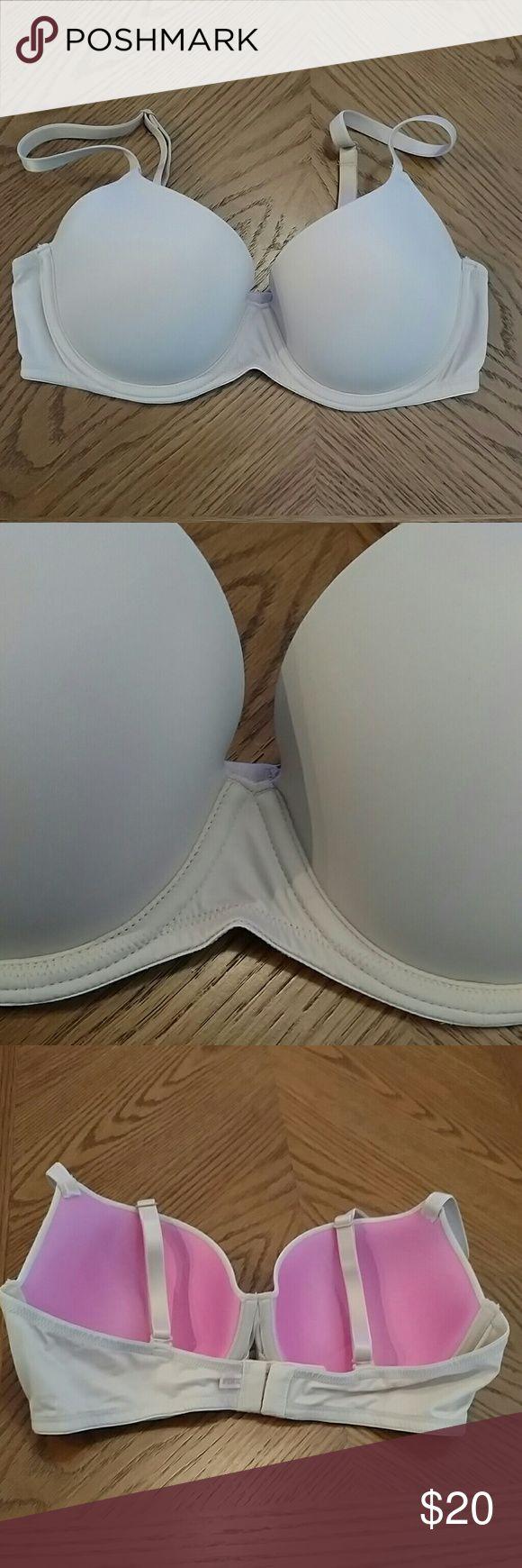 Victoria's Secret PINK Bra VS PINK lightly lined bra with multifunction adjustable straps. Like new condition! PINK Victoria's Secret Intimates & Sleepwear Bras