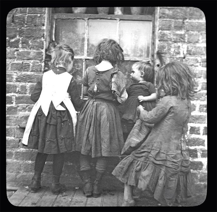 3 AN ATTRACTIVE WINDOW, CHAMBER STREET 1890 (RSAI Lantern 20/22) DUBLIN