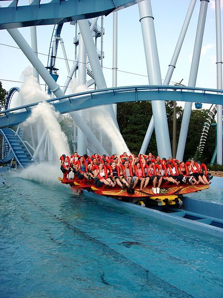 BUSCH GARDENS WILLIAMSBURG: The Griffon. Didnt get a chance to ride it and i don't think i would!!!