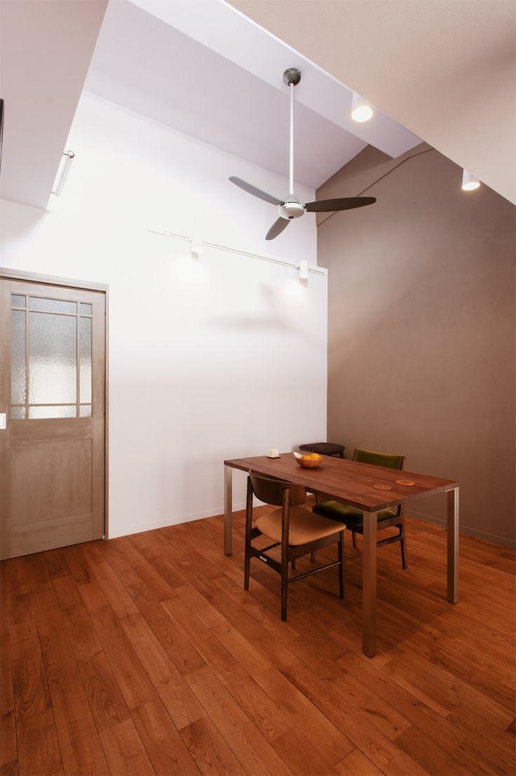 リフォーム・リノベーションの事例|ダイニング|施工事例No.3112人で塗った壁の素敵なアクセントカラー|スタイル工房