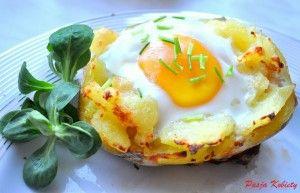 jajka zapiekane w ziemniakach