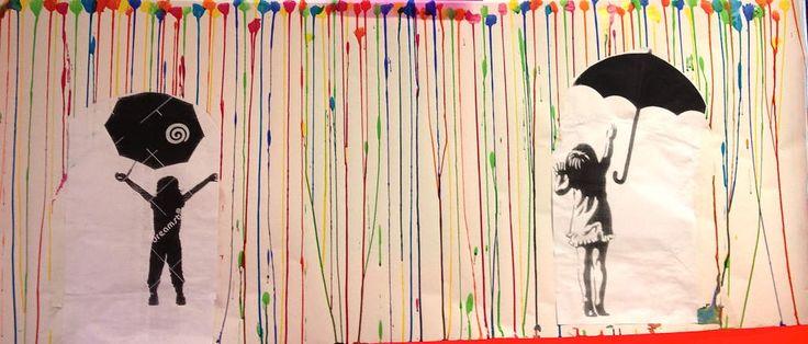 Après l'observation et la verbalisation du sens des lignes, nous en sommes arrivés à nommer les verticales et les horizontales. Ce travail a été conduit en liason avec la lecture de &voilà la pluie& de Manya Stojic. En m'inpirant de photo de street art...