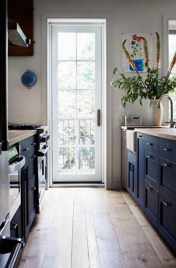 Mejores 247 imágenes de Galley Kitchens en Pinterest   Cocinas de ...
