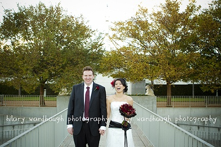 bride and groom laughing canberra  new parliament house