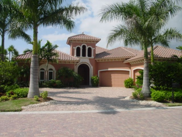 Real estate agents impress you about bringing you closer to a new Florida real estate, or perhaps a new home. http://ronaldkochman.com/the-lure-of-florida-as-a-real-estate-haven/