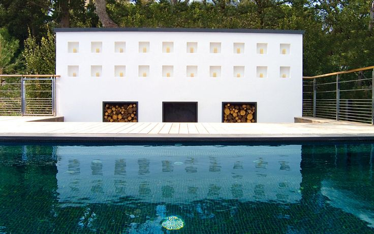 1000 images about autun 39 s interests on pinterest elle decor beverly hills and gambrel for Pool design france