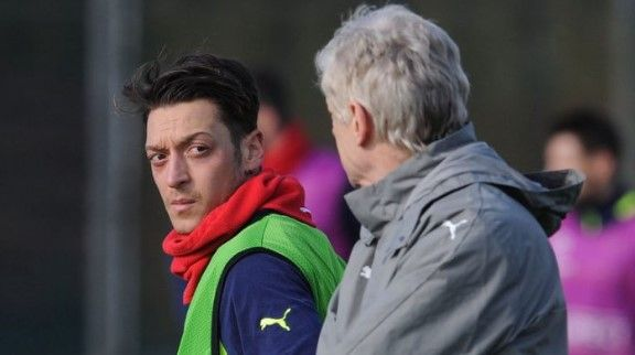 Arsenal play-maker Mesut Ozil who was a former Real Madrid has opened up on interesting revelations about himself in a most recent interview.  Mesut Ozil has revealed he dreams of shaking off his professional discipline, and scoffing junk food at the cinema. And Arsenal's £42.   #Arsenal #Mesut Ozil #News #Sports