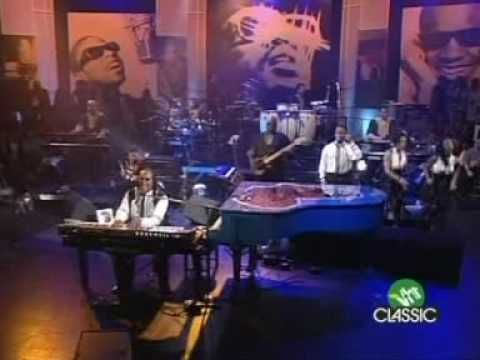 Stevie Wonder - Higher Ground (Live At The O2) - YouTube