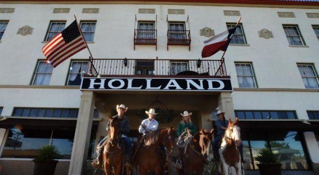 The Holland Hotel - #Hotel - $116 - #Hotels #UnitedStatesofAmerica #Alpine http://www.justigo.co.nz/hotels/united-states-of-america/alpine/the-holland_100379.html