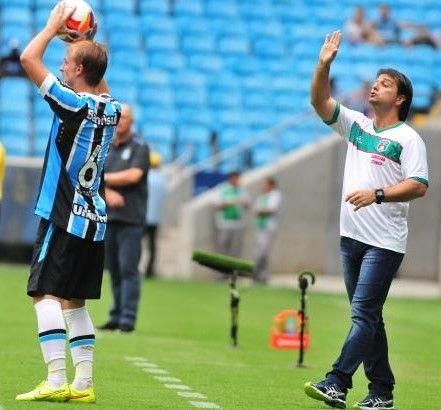 SUPER TREINADORES: RODRIGO BANDEIRA ASSUME O GLÓRIA COM OBJETIVO DE S...