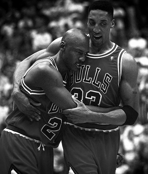 <3 Jordan collapses into Pippen's arms with the Flu...game six...that is heart