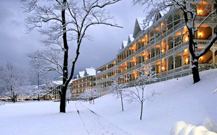Bedford Springs in Winter.  Have you ever seen anything more beautiful?  Omni Bedford Springs Resort | Pennsylvania Golf & Spa Resort