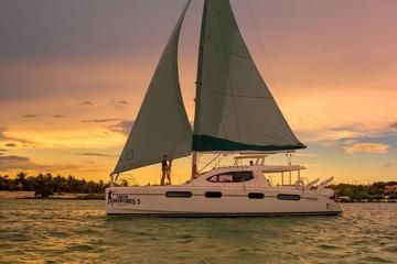 Luxury Sunset Sailing Cruise in the Riviera Maya - Playa del Carmen | Viator