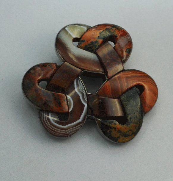 Rare Scottish Agate Love Knot Pin