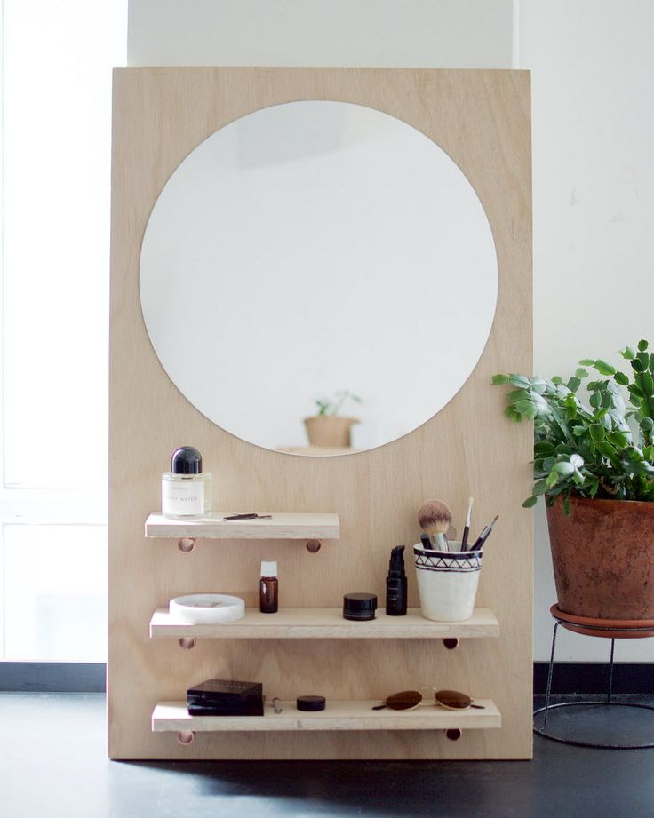 DIY Pine Make Up Vanity