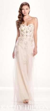 İşlemeli, açık renk, uzun abiye modeli, Kathy Hilton abiye