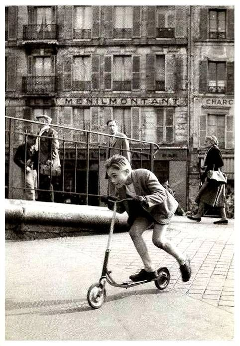 Robert Doisneau | The boy with scooter at Ménilmontant Paris, 1934  ✭ vintage kids photo