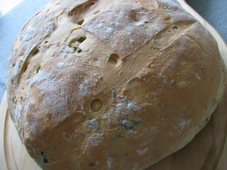 Rosmariini-oliivileib.