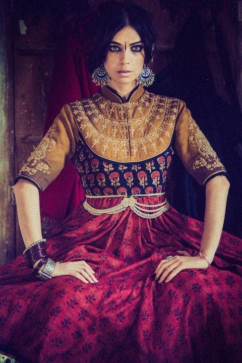 "Elizabeth Medina by Devansh Jhaveri / Dhruv Singh ""Viharini"" Designer Collection 2014"
