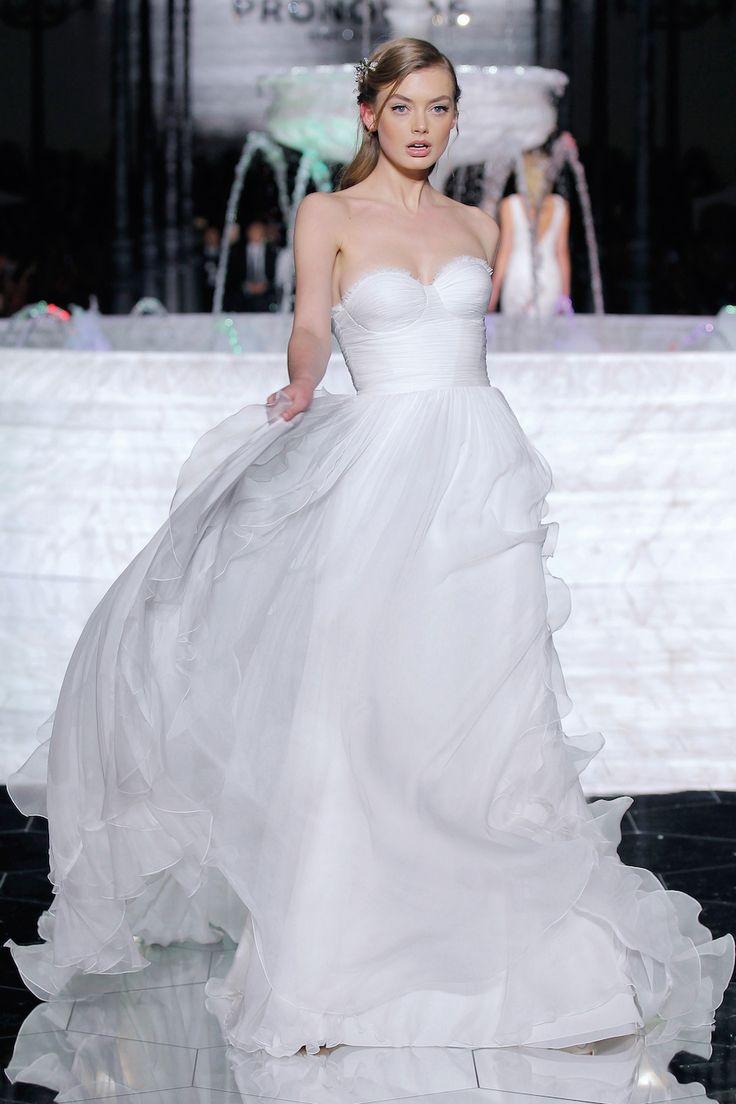 Cool La sfilata di Pronovias alla Barcelona Bridal Week