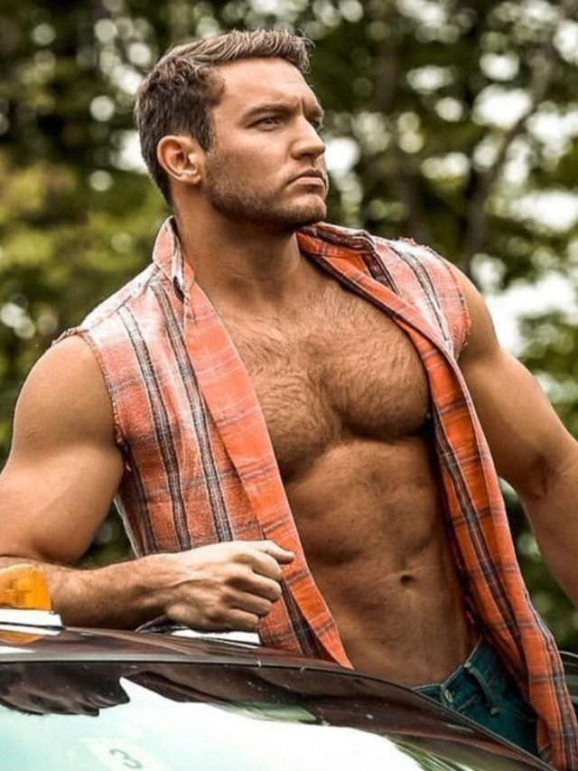 Beefy guy hot solo