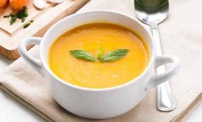 Nejen+pro+děti:+Krémová+polévka+z+mrkve+a+řapíkatého+celeru