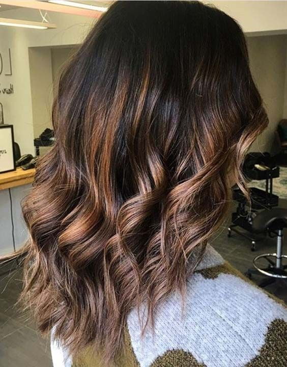 introducing root beer hair colors, the new hair color trend to take over the Internet. See more and get major inspiration. Here you may find 40 best root beer hair color ideas for 2018.
