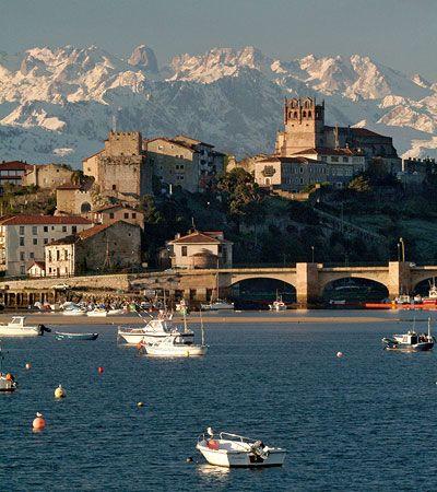 San Vicente de la Barquera, coast of Cantabria, north of Spain